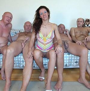 XXX Teen CFNM Porn Pictures